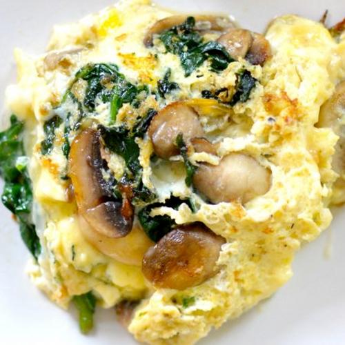 NUT-FREE BREAKFAST: Spinach, Mushroom and Mozzarella Omelet